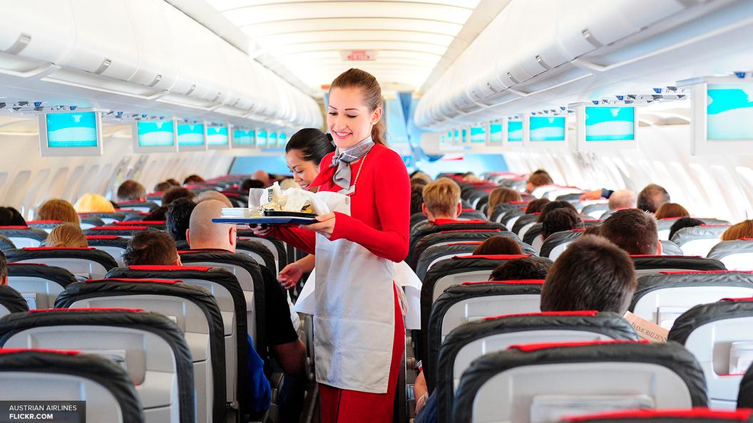 Суд не увидел дискриминации в требованиях Аэрофлота к весу и росту стюардесс
