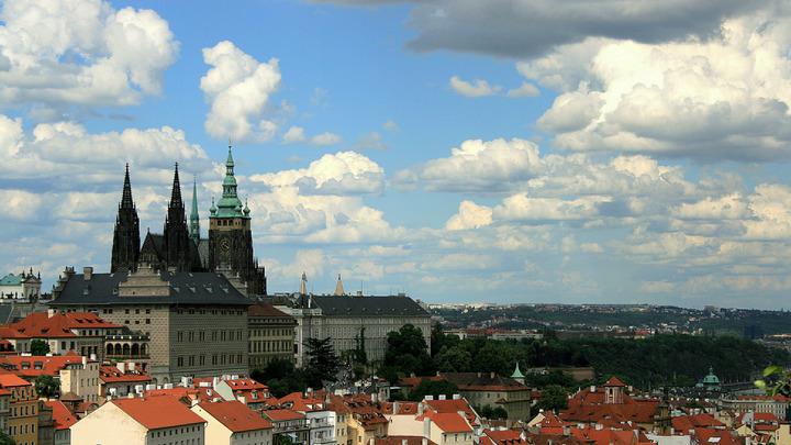 В Чехии снова выпустили сувениры с Гитлером и Менгеле. Ранее полиция заявила, что всё законно