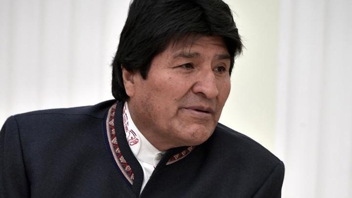 Госпереворот в Боливии или добровольный акт? Эво Моралес объявил о решении уйти и заявил об угрозе ареста