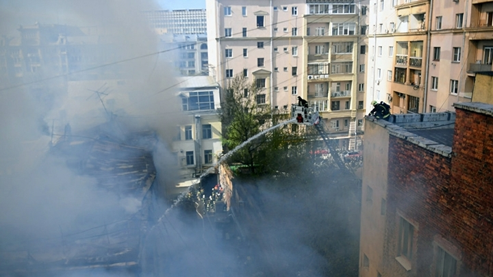 Площадь пожара на строительном рынке в Видном достигла 600 квадратных метров