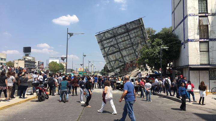 Более 40 человек стали жертвами мощного землетрясения в Мексике