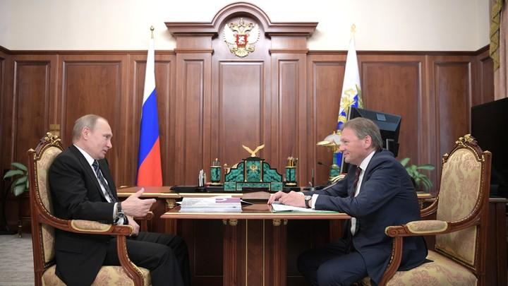 Путин поручил Титову разработать программу перевооружения пожарных служб