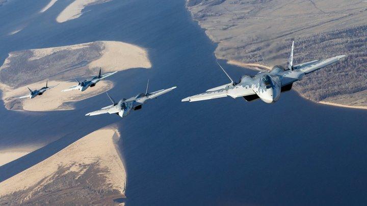 На что способен Су-57 с четырьмя Охотниками: Эксперт рассказал о грозной связке