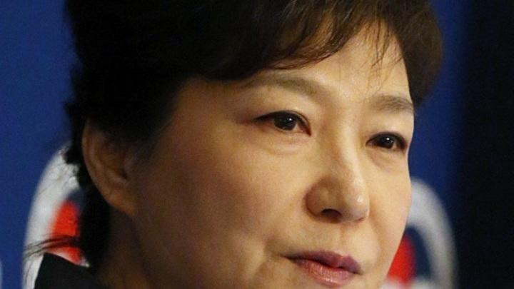 Штраф $17 млн, срок - 24 года: Экс-президенту Южной Кореи вынесли приговор