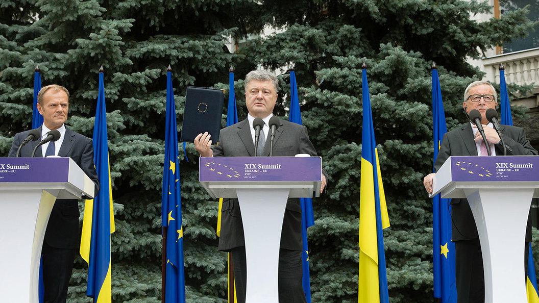 В Брюсселе раскусили хитрый план Порошенко пролезть в ЕС
