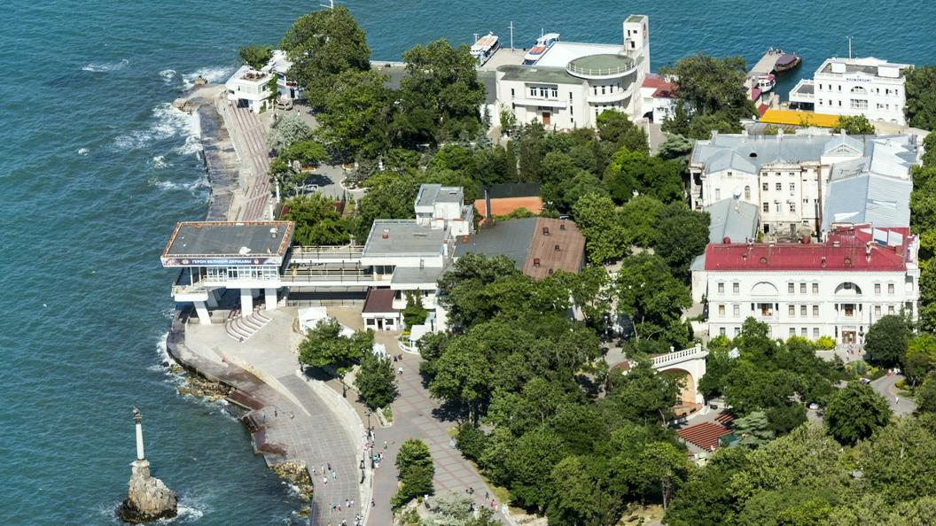 Названы причины отставки министра транспорта и главного архитектора Крыма