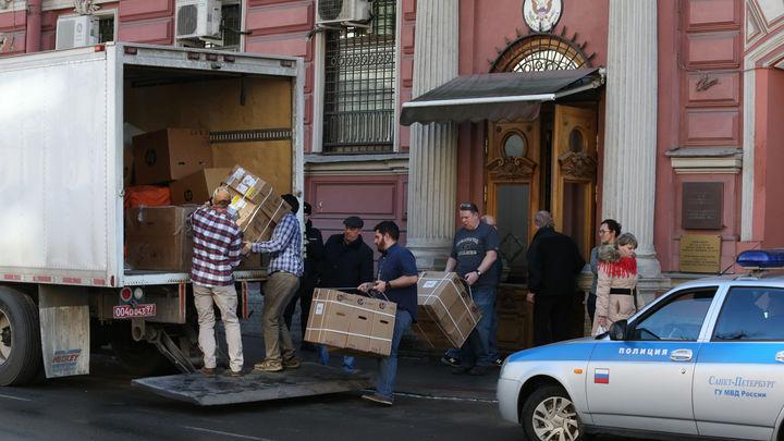 Крайний срок - конец апреля: Генконсульству США в Петербурге дали месяц, чтобы убраться из России