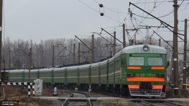 Движение поездов наБелорусском направлении остановлено из-за ЧП на путях