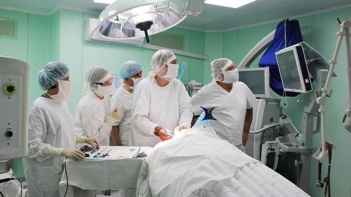 Не мешайте нам спасать детей!: врачи встали на защиту нового корпуса ЧОДКБ