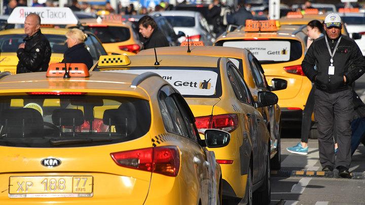 Без сна и страховки: Рынок такси заполонили нелегалы
