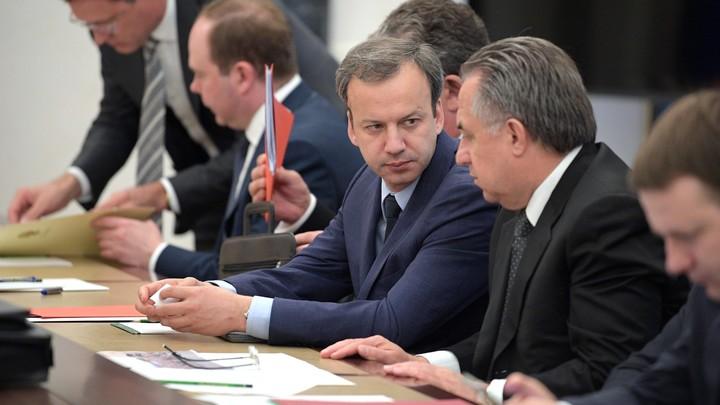 Адвокаты Улюкаева разделились во мнениях: вызовут или нет Дворковича в суд