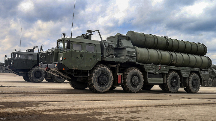 Турки американцев согнули: Полковник в отставке объяснил манёвр США с выкупом С-400