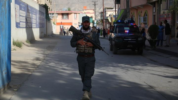 Охранявшие посольство России в Афганистане военные сдали позиции - дипломат
