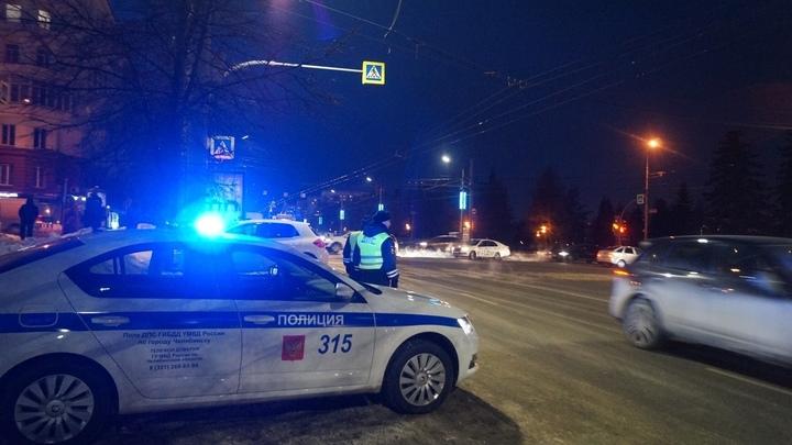 Один погиб, трое пострадали: в Челябинской области случилось ДТП с детьми и полицией