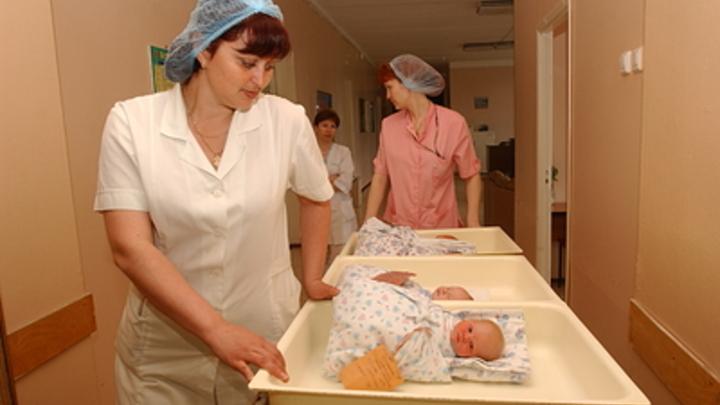 За первого ребёнка тоже: Путин ввёл рекордные меры по поддержке рождаемости
