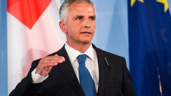 Швейцарский министр решил уволиться, чтобы написать новую страницу в жизни