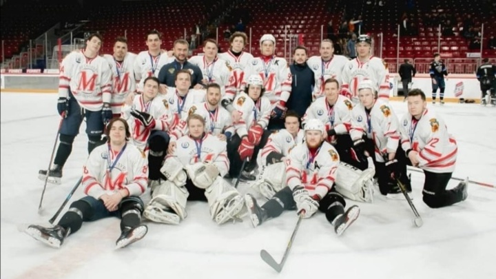 Новокузнецкий «Металлург» впервые завоевал серебряные медали Высшей хоккейной лиги