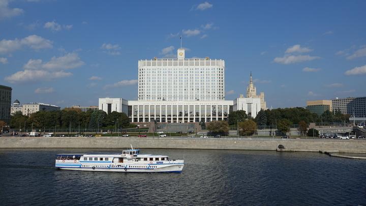 «Авторитаризм из авантюризма»: AZ нащупал «точку невозврата» российской истории