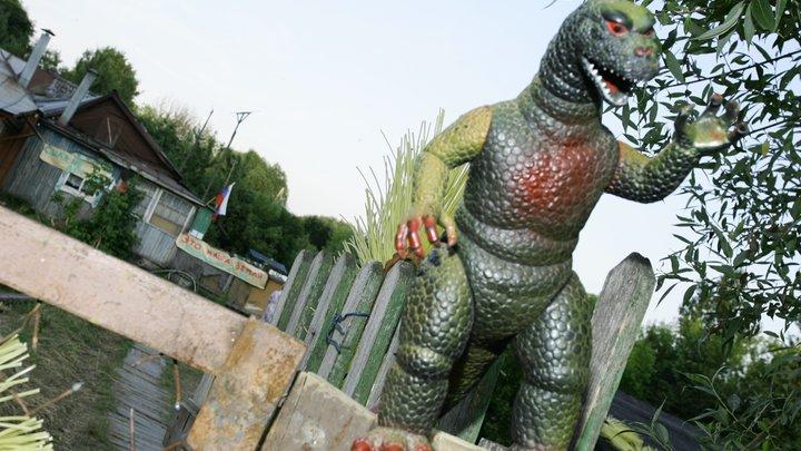 2,5-метровый памятник Годзилле установили в Японии