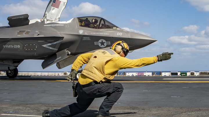 «Непревзойденный» F-35 не отвечает даже базовым требованиям: Эксперт объяснил гнев Пентагона