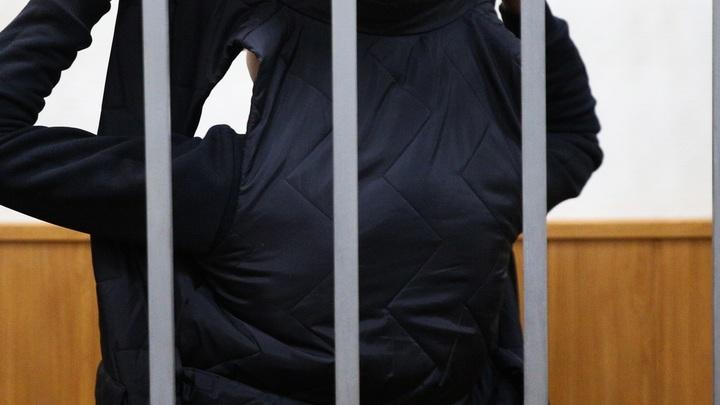 Прятал лицо, смотрел в пол: снимавший избитого биатлониста Андрей Шилов не решился заговорить с другом жертвы