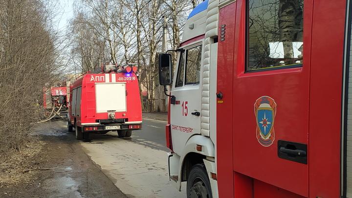 Компания спалила частный дом в Нижнем Тагиле, отмечая 18-летие девушки