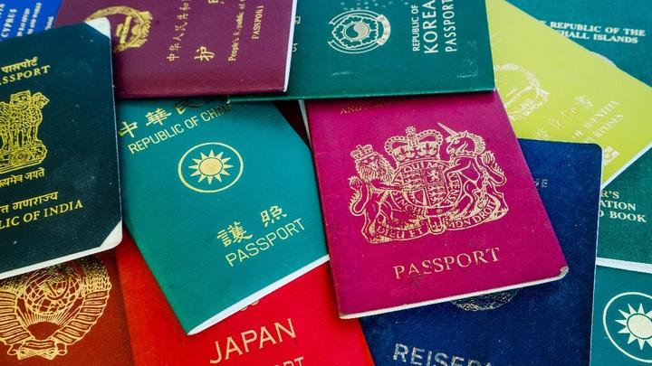 Топ-10 стран, которые свободно продают свои паспорта нерезидентам