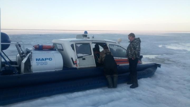 В Ивановской области спасатели выручили провалившегося под лед Волги рыбака