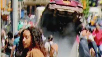 Очевидцы запечатлели момент смертельного наезда машины на толпу в центре Нью-Йорка