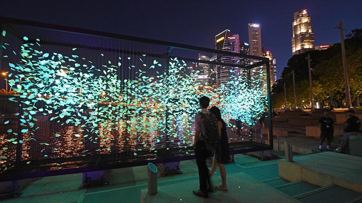 Азия снова впереди: Сингапур назван самым дорогим городом мира