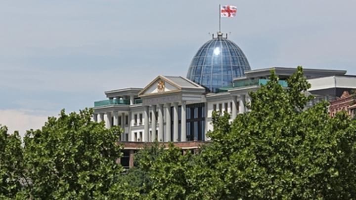 Премьер-министра Грузии могут уйти за призыв наладить отношения с Россией