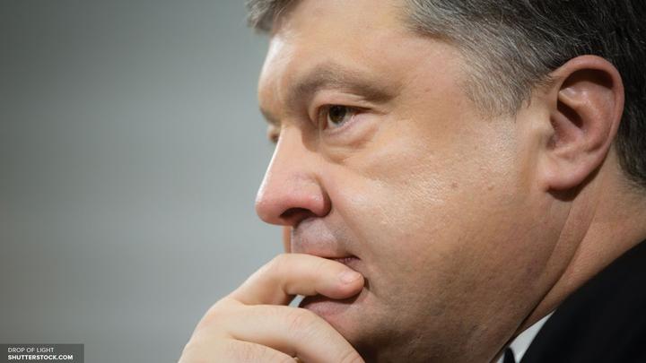 На сайте Порошенко украинцы требуют вернуть ВКонтакте