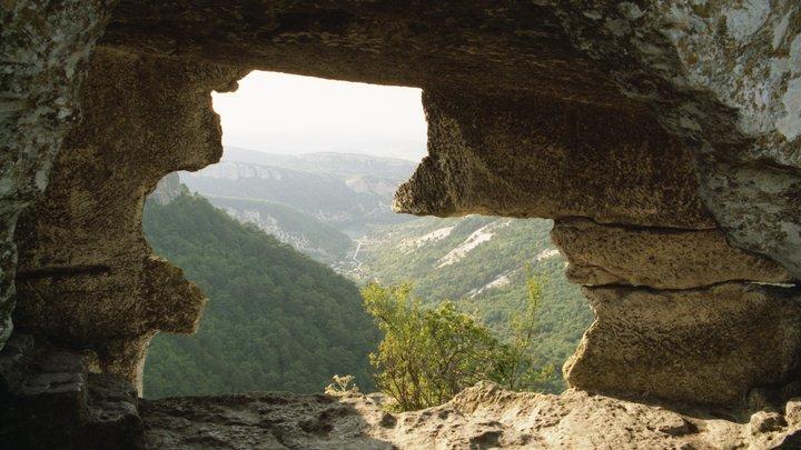 Археологи нашли катакомбы самого древнего периода истории развития полуострова