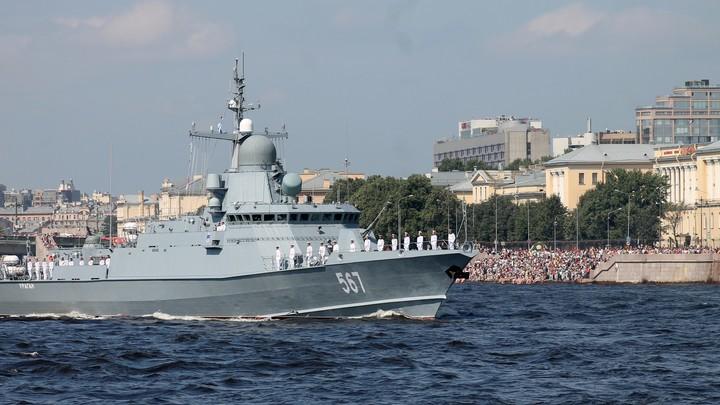 США недовольны кораблями РФ в портах Кипра: Помощник госсекретаря сказал, куда идти республике