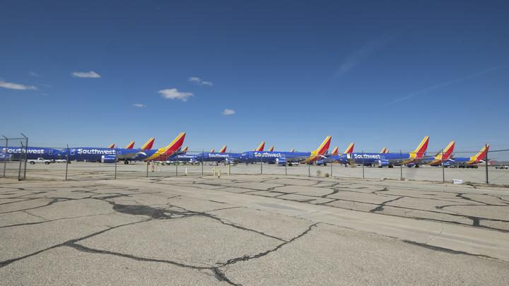 Надежды американцев вернуть в строй Boeing 737 MAX провалились. Как минимум – на несколько месяцев