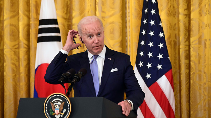 Трамп тонко потроллил сонного Джо. Перед саммитом русские смеются, американцы плачут
