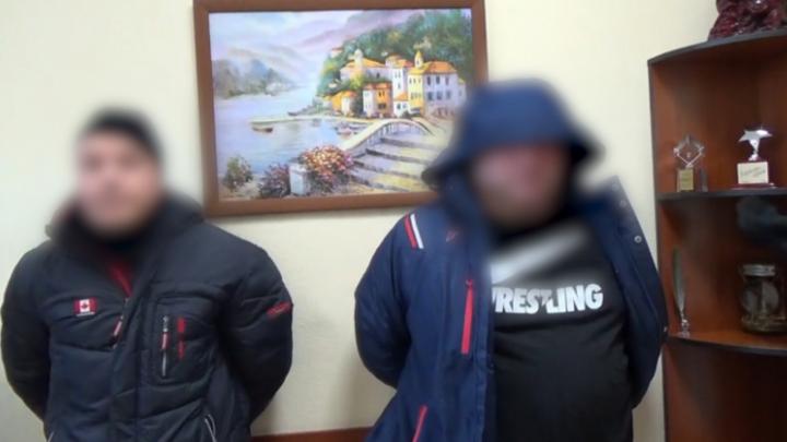 Вымогателей денег у директора управляющей компании судят в Кузбассе
