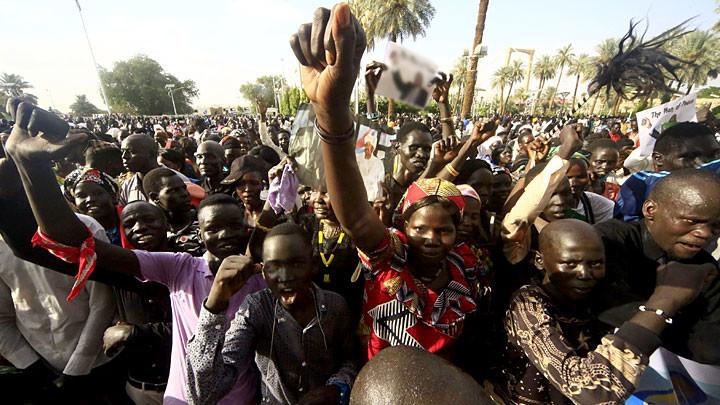 Военный переворот в Судане: России есть что терять