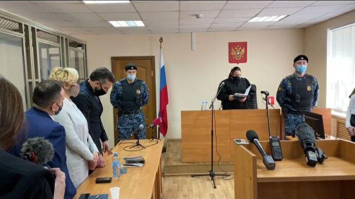 Пока провожали в тюрьму - съели всех раков: В Ростове вынесли приговор активистке Анастасии Шевченко