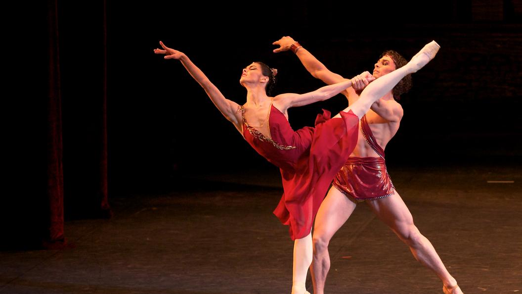 Из Лондона - в Пермь: Мировая звезда балета счастлива на сцене в российской глубинке