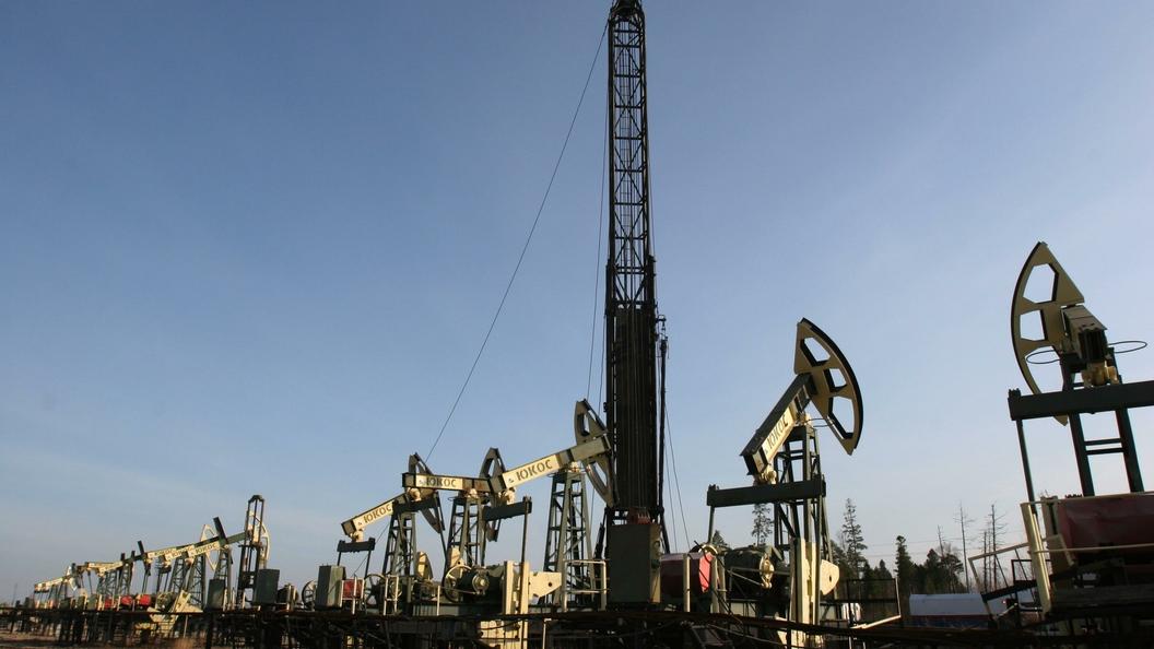 Цена нанефть Brent опустилась ниже $65 забаррель