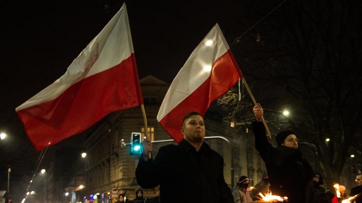 Польша начала бороться с нарушителями закона о Холокосте: Подан первый иск