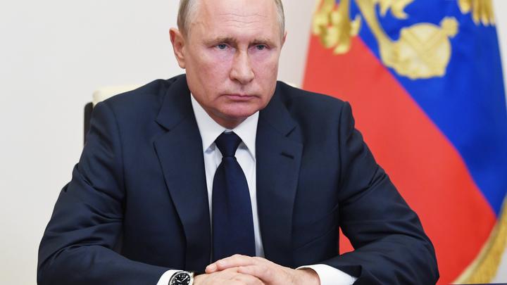 Следите за руками: Путин одним жестом показал губернаторам их перспективы