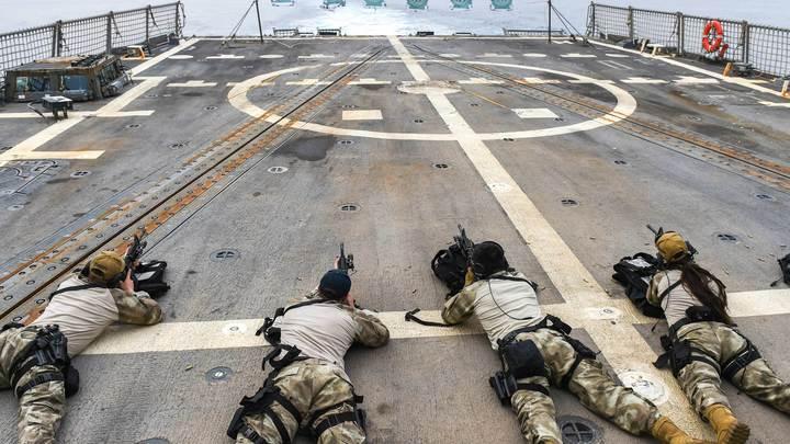 Военный блок для защиты от агрессивной Европы: Политолог предложил объединение России, США и Китая
