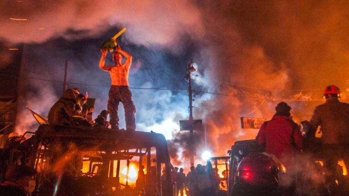 «Шиш нам вместо сала»: В соцсетях «празднуют» годовщину Майдана