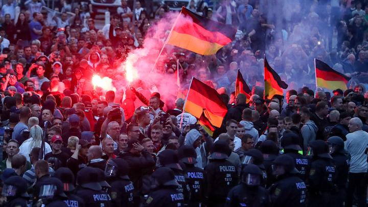Германия предпочла уволить главу контрразведки вместо разбирательств с мигрантами