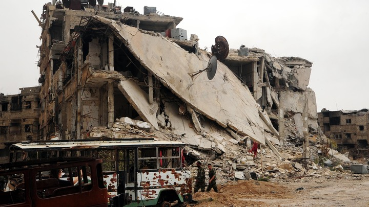 Сирийские боевики продолжили обстрелы, погибли двое военных