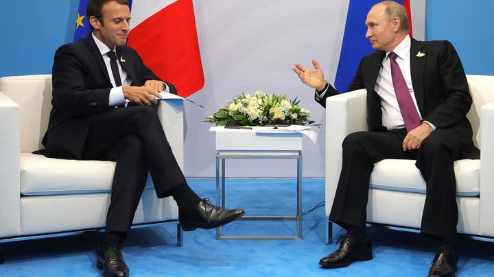 Успехов в модернизации - Макрон поздравил Путина с победой на выборах