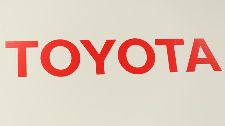 Обновленный вариант Toyota Camry заинтриговал российских водителей