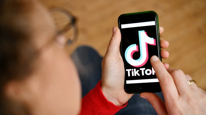 TikTokи Twitter пора ограничить: В России высказались за блокировку из-за угрозы детям